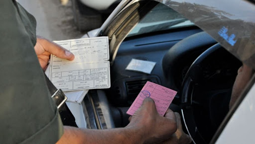 قابس : حجز رخص سياقة لخرق حظر التجول