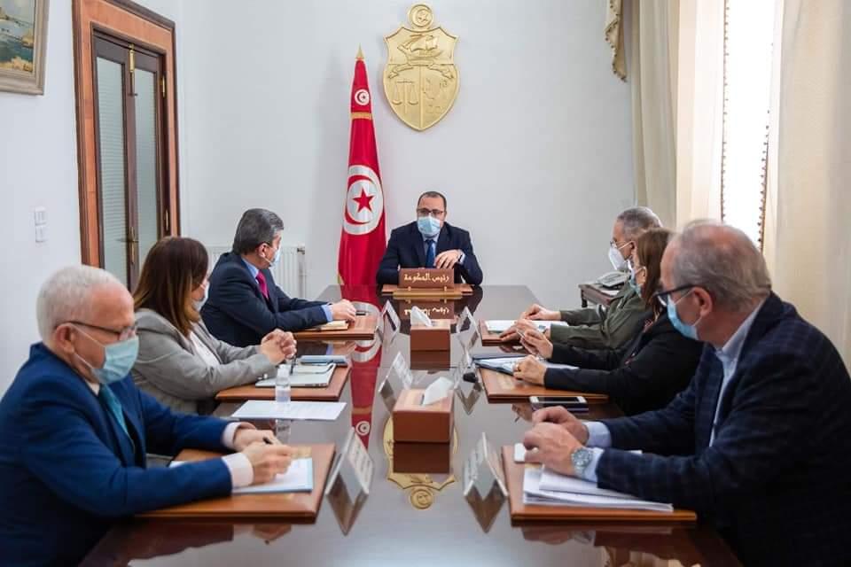 إجتماع اللجنة العلمية بإشراف رئيس الحكومة