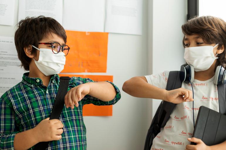 في يوم واحد : إصابة 83 تلميذا و52 مدرّسا بكورونا