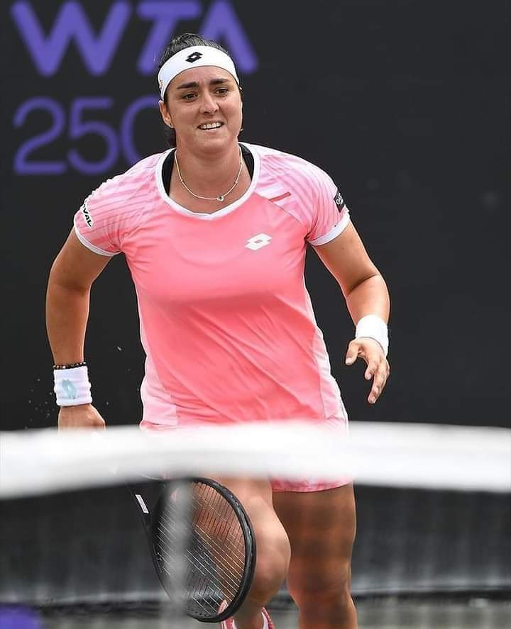 أنس جابر تتألق و تمر إلى الدور الثالث من بطولة مدريد المفتوحة للتنس